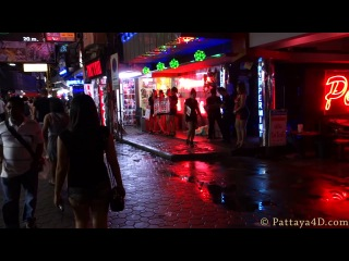 Pattaya Walking Street Nightlife October 2013 Agogo Bar Girls Freelancer Ladyboys พัทยา 芭堤雅 �������